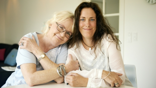 Familiekonflikt - mor og datter finder kærligheden igen